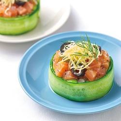 きゅうりとサーモンのライスサラダ